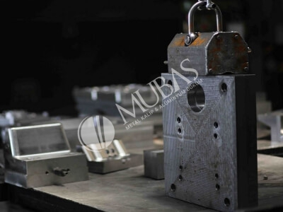 Mubaş  Metal Mold Manufactures injection molds, molds, metal molds, injection molds, aluminum injection molds, metal injection molds, aluminum injection molds, metal injection molds, aluminum metal injection molds.